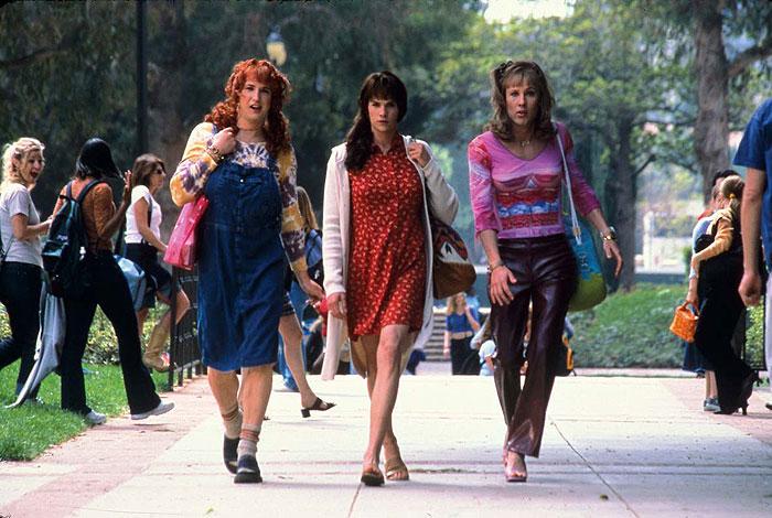 Klub príšerných žien (2002)