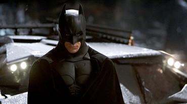 Batman začína (2005)
