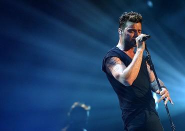 Ricky Martin - Black And White Tour