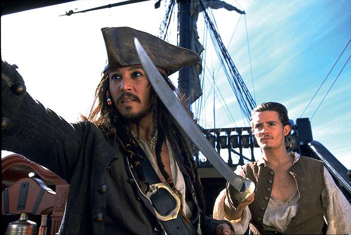 Piráti z Karibiku: Prekliatie Čiernej perly (2003)