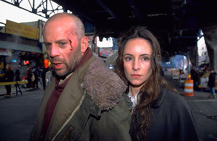Dvanásť opíc (1995)