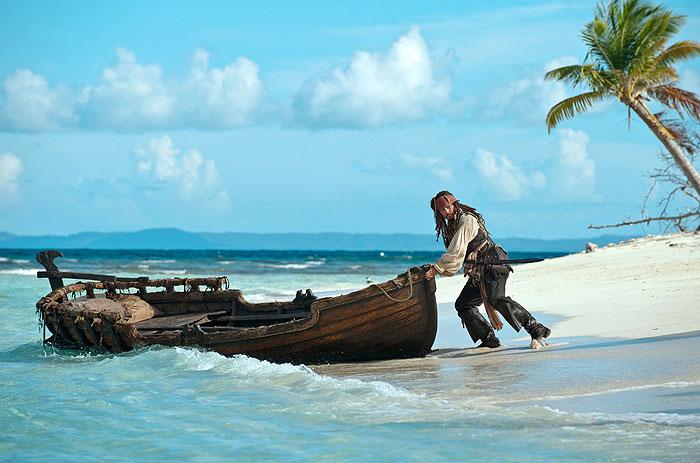 Piráti z Karibiku 4: V neznámych vodách (2011)