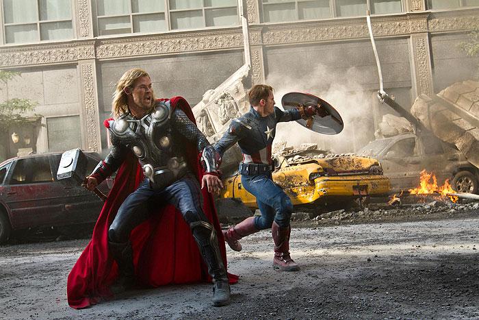 Avengers: Pomstitelia (2012)