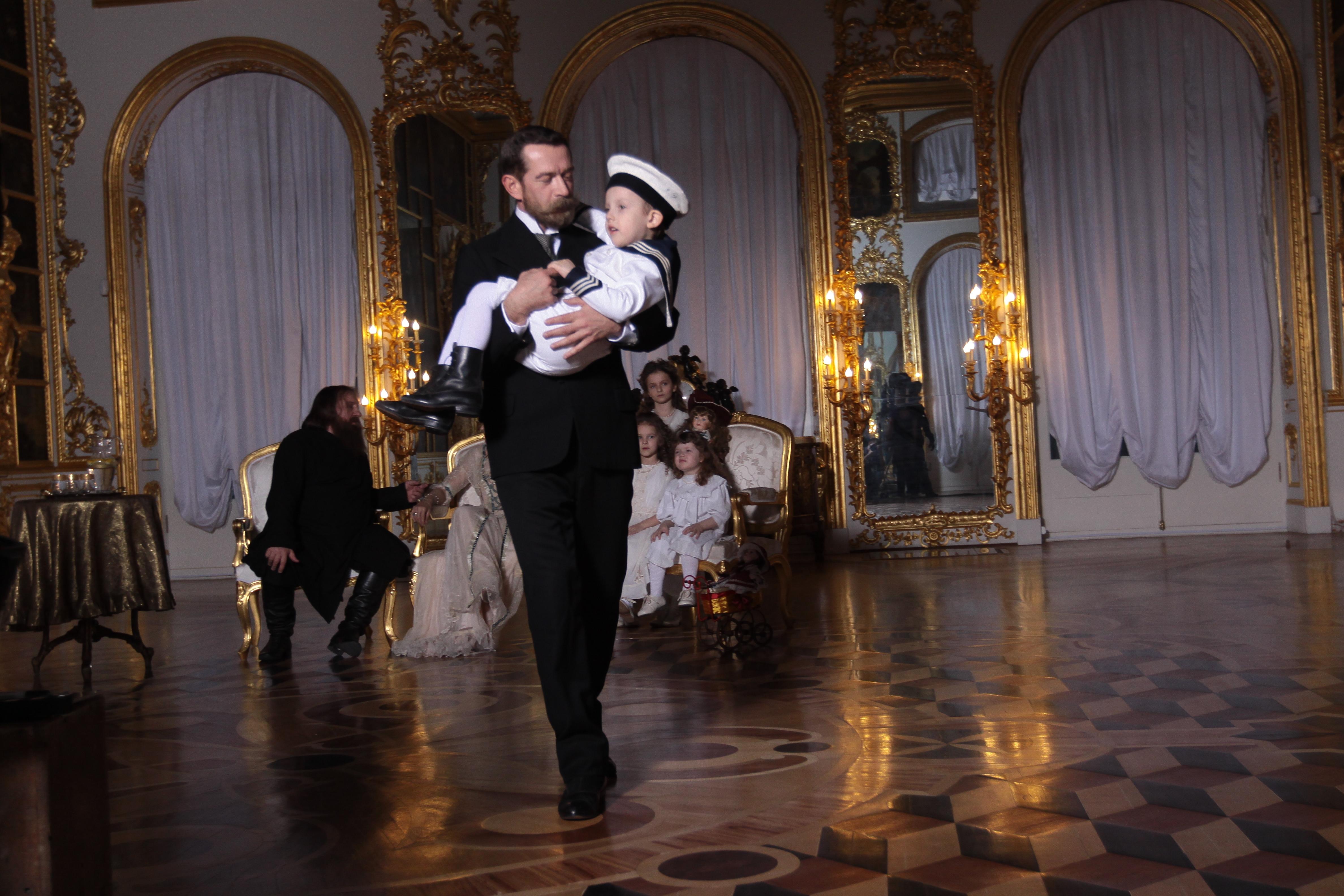 Распутин при царском дворе смотреть онлайн бесплатно 9 фотография