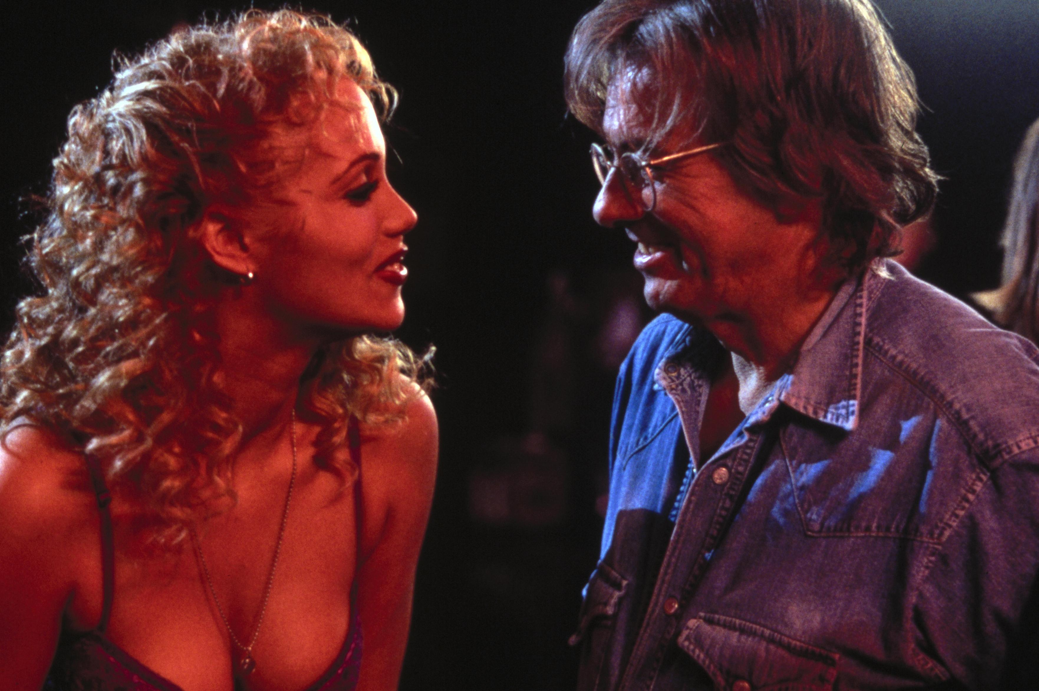 Элизабет беркли сексуалним филме 19 фотография