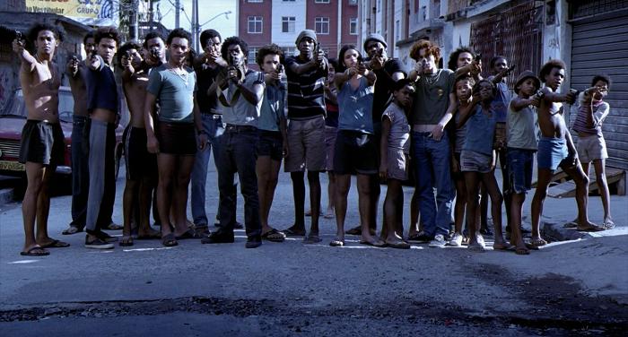Mesto bohov (2002)