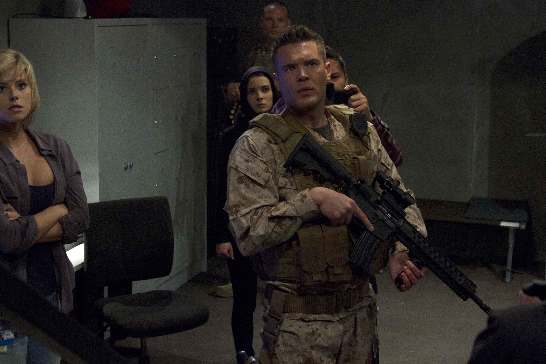 Смотреть бесплатно лучшие фильмы боевики онлайн в хорошем