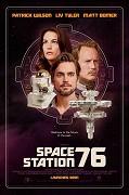 Spustit online film zdarma Space Station 76