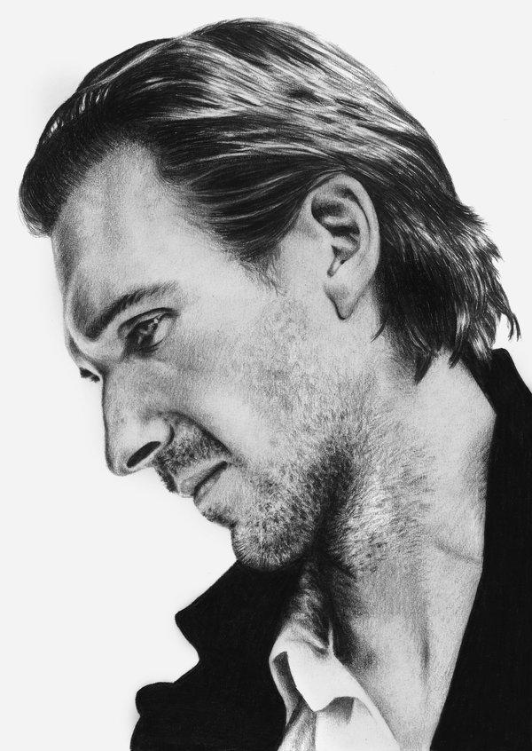 Ralph_Fiennes_by_jedirikk1138.jpg