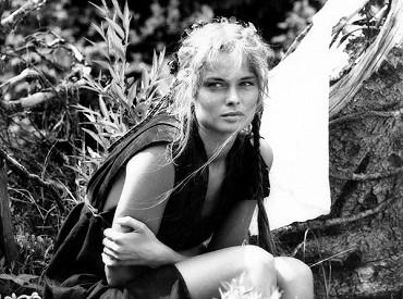 Mahulena, zlatá panna (1987) | ČSFD.cz