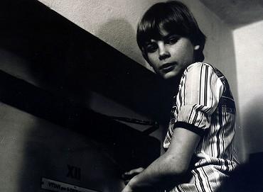 Sršne v úli (TV seriál) (1985) | Galerie | ČSFD cz