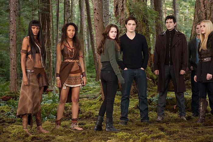 Twilight sága: Úsvit – 2. časť (2012)