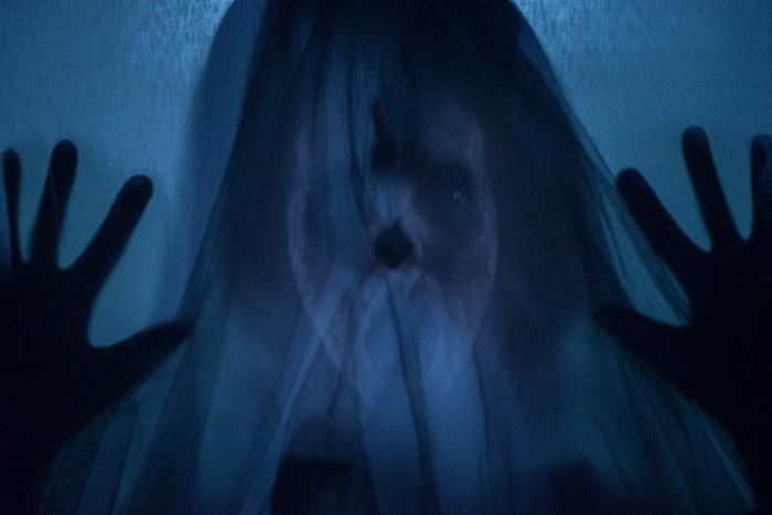 Žena v čiernom 2: Anjel smrti (2014)