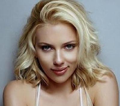 Scarlett_Johansson_Biography_4[1].jpg