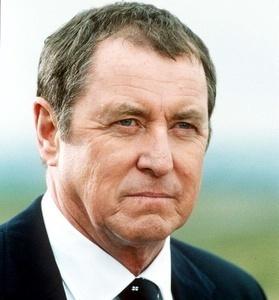 Tom Barnaby (Vraždy v Midsomeru)