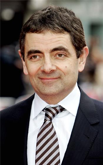ROWAN ATKINSON - za Mr.Beana, Univerzální uklízečku a Johnnyho Englishe