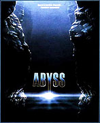 Poster k filmu        Propast