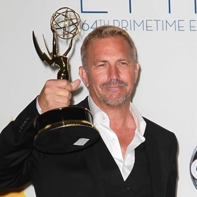 Fotka: Kevin Costner Is Taking The Taken Route And Becoming An Action Hero! PerezHilton.com reports - http://shar.es/55W1B  Following his Emmy win for Hatfields & McCoys, he began shooting scenes for his next movie.
