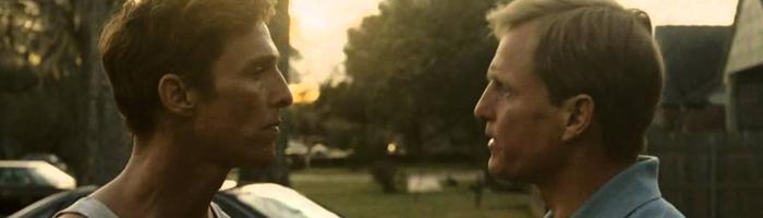 True Detective (2014) - Špičkový seriál, kterému absolutně není co vytknout. Pro mě zatím asi nejlepší dramatický seriál všech dob. Dokonalý tajemný scénář, dokonalá atmosféra a nadlidský McConaughey!!!