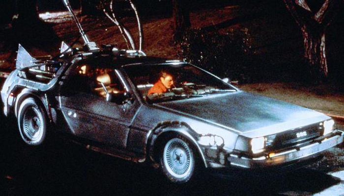 Back to the Future (1985 - 1990) - Jedna z nejgeniálnějších komedií, patrně nejlepší sci-fi komedie historie, kterou už jen těžko něco překoná. To je trilogie Back to the Future. Už vždycky budu chtít být jako Marty McFly...