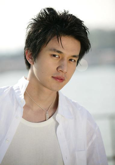 Lee Dong Uk