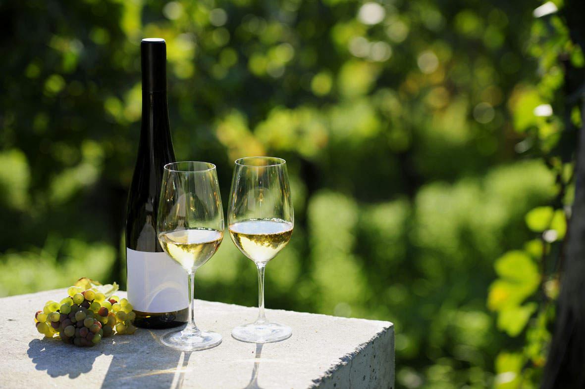 není nad relax se skleničkou vína ..