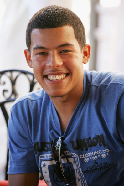 Ruiz Elliot