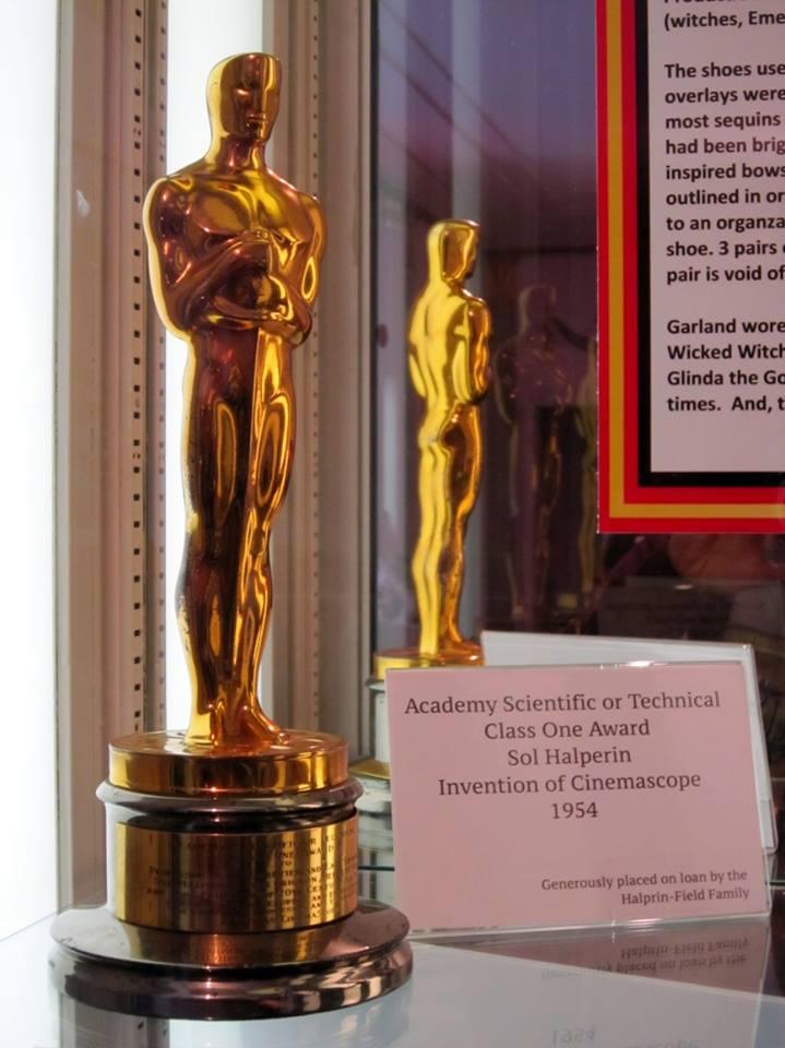 Soška Oscara v Hollywood Museum