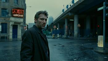 2006 - Potomci lidí - Tak hele vole, nečekal jsem, že by mě film mohl takhle rozsekat vole. Ta scéna v bojišti na jeden zátah se vymyká veškerým standardům.