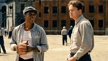 1994 - Vykoupení z věznice Shawshank - Už je to přes 20 a nejlepšímu filmu všech dob se přiblížilo jen velice málo dalších snímků. Důkaz, že Oscaři nehrají žádnou roli.